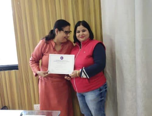 Dr. Shabina Khan